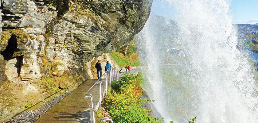 Norheimsund, Norway.jpg